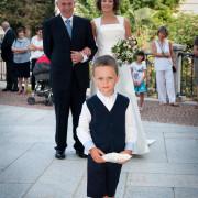 Foto di Matrimonio Parè arrivo della sposa con papà e anelli