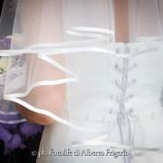 fotonozze como abbigliamento sposa elegante dettaglio moda fashion como seta abito sposa pizzo di cantù