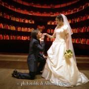 foto matrimonio nozze sposi in location teatro sociale como varese svizzera