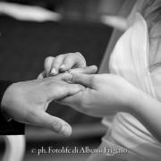 Fotografo di matrimonio cantù scambio degli anelli