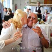 Foto spontanee di allegria nozze como
