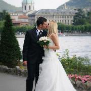 fotografo sposi lungo lago como innamorati nozze matrimonio sul lago di como lecco lago di lugano melide bissone campione d'italia svizzera