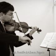 Foto di matrimonio Como musica durante la cerimonia immagini attimi intimità ricordi unici