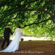 fotografia di sposi spontanee reportage giornata particolare nozze parco villa d'epoca ristorante hotel moltrasio imperiale